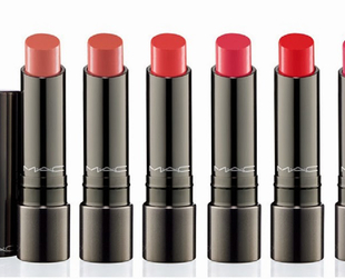 A stunning new range of MAC lipsticks will soon hit stores. Find out all about MAC's Huggable spring 2014 collection.