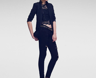 Have a look at the stunning party ready looks from the Stradivarius Christmas 2013 line.