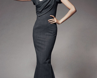 Sophistication with a feminine touch was once again the trademark of the Zac Posen pre-fall 2014 collection. Have a look!