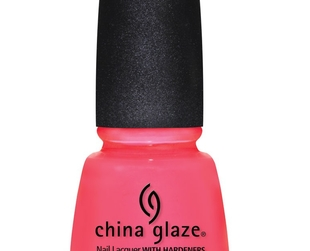 Add some color to your manicure this summer with the help of these lovely Sunsational creme and jelly finish nail polishes signed China Glaze!