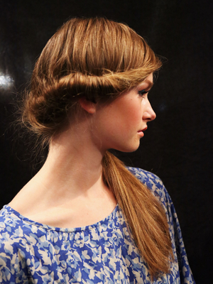 Vintage Twisted Side Ponytail