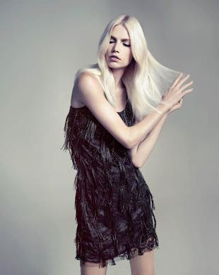 Aline Weber For A.Brand Winter 2013 Campaign (7)