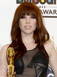 Carly Rae Jepsen Hairstyle 2013 Billboard Awards