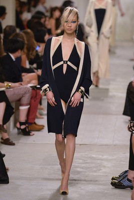 Chanel Resort 2014 Look 10