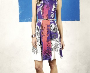 Take a peek at Etro's colorful ensembles from the resort 2014 collection.