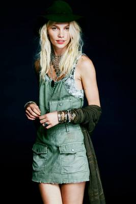 Free People Sidewalk Safari Lookbook  (10)