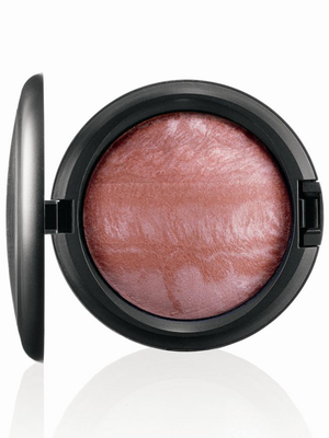 MAC Tropical Taboo Mineralize Skinfinish Lust