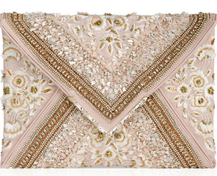 Luxury label Marchesa has prepared an array of stunning handbag designs for fall 2013. Check it out!