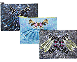 Mawi continues to roll out beautiful glitter clutch bags fir the upcoming season.