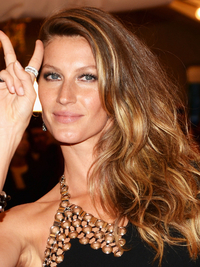 Gisele Bundchen 2013 Met Ball Hairstyle