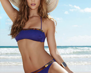 This season's hottest Penti swimsuits are brought to your attention by Nina Agdal. Enjoy!