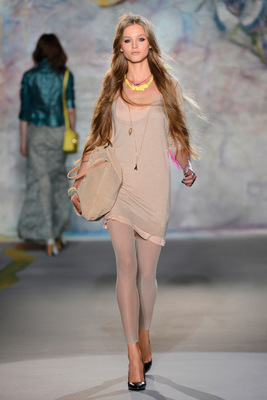 Patrizia Pepe Spring Summer 2013 Collection (8)