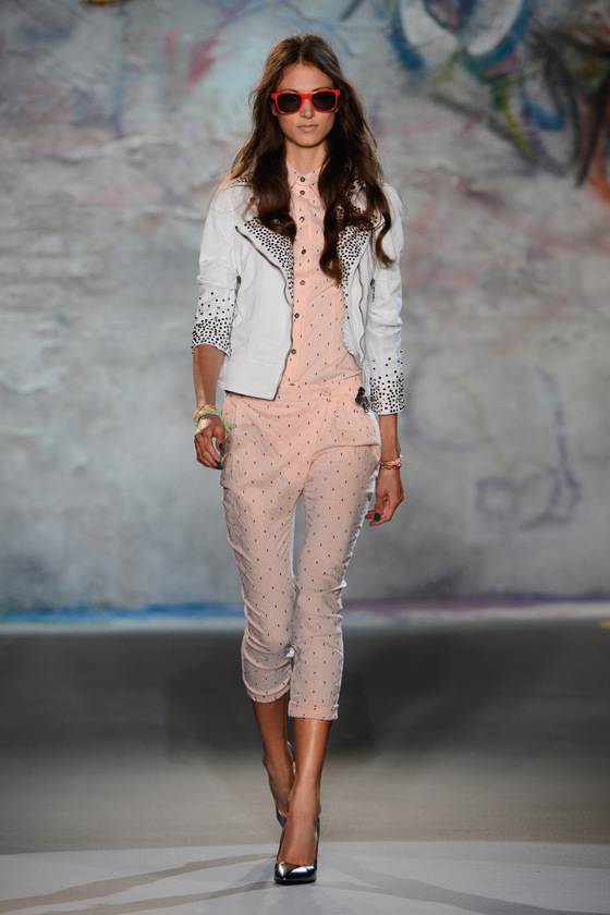 Pictures : Patrizia Pepe Spring/Summer 2013 Collection ...