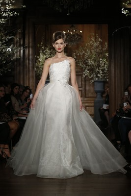 Romona Keveza Evening And Bridal Gowns Spring 2014 Collection (15)