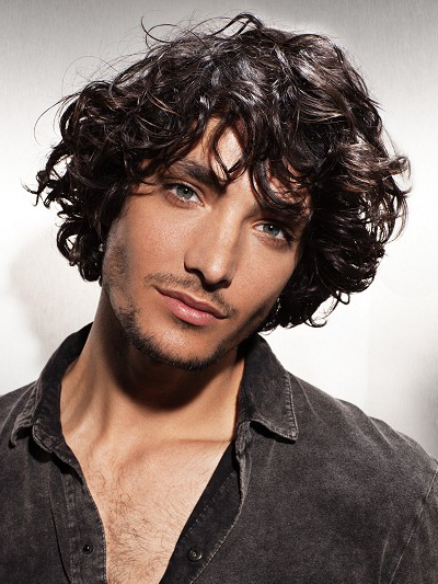 Pictures : Shag Hairstyles for Men - Mens Curly Shag Hairstyle