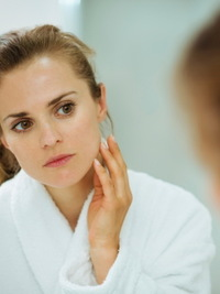 Pictures : White Spots on Skin: Causes and Remedies - Face Exposed To ...