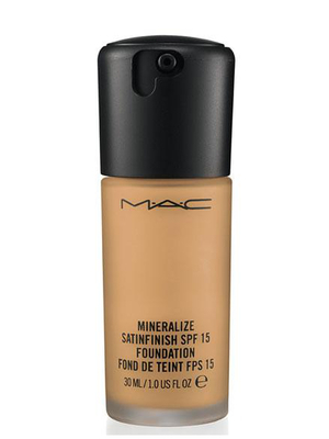 Mac Mineralize Satinfinish Foundation
