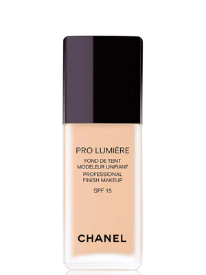 Chanel Pro Lumiere Foundation