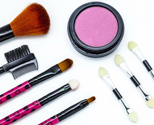 Your brushes, the ones you use daily to put on makeup, need to be cleaned regularly. Find out the best makeup cleaners and why it is important to use them.