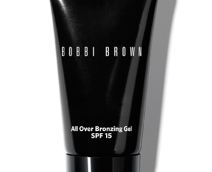 Have a look at the newest makeup essentials from Bobbi Brown's new Navy & Nude collection.