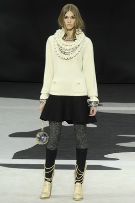 Chanel Fall 2013 Collection (12)