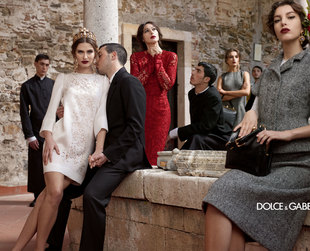 The fall/winter 2013-2014 campaign from Dolce & Gabbana brings the label's most outstanding new looks into the spotlight.