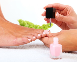 Getting your first pedicure can be a very fun and pleasant experience when you know what to expect. Find out the best first pedicure tips and other helpful info.