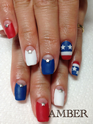 4th Of July Matte Nail Design