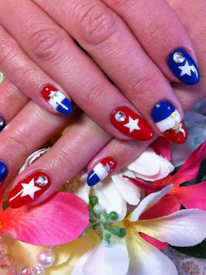Fourth Of July Nail Design With Gems