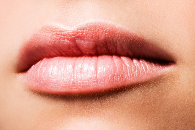 How to Bleach Lip Hair at Home