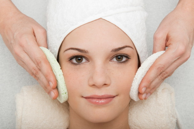 How to Exfoliate Acne Prone Skin