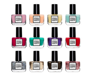 One of Hollywood's hottest nail stylists, Jenna Hipp, is launching a nail polish line. Take a peek at her first offerings!