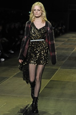 Saint Laurent Fall 2013 Collection Look 1
