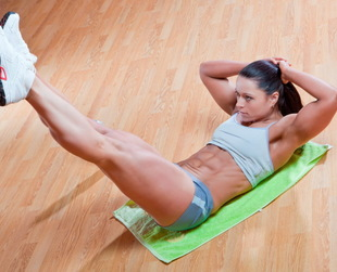 The best workouts for lower abs manage to melt down the stubborn fat from this body area, combined with regular healthy meals. See what ab workouts get results!