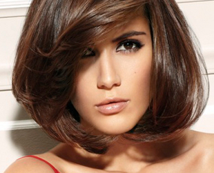 Get a fresh look this year, based on the hottest runway trends for medium length hairstyles. Find your inspiration with the best medium length haircuts in 2013.