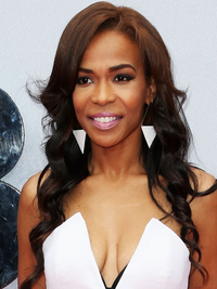 Michelle Williams Loose Curly Hairstyle