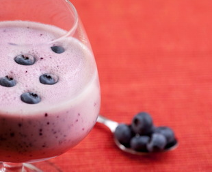 Summer fruit smoothie recipes are delicious treats you can enjoy to cool down during the hot months. Check out a few easy smoothie recipes you'll love!