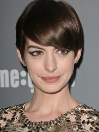 Anne Hathaway's Pixie Short Hairstyle