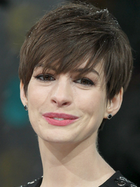 Anne Hathaway's Short Hairstyle