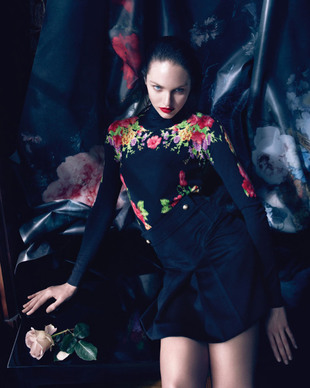 Blumarine Fall Winter 2013 Campaign Look  (2)