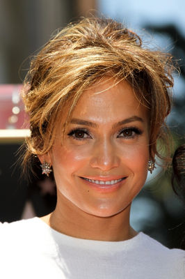 Jennifer Lopez Caramel Blonde Hair Color