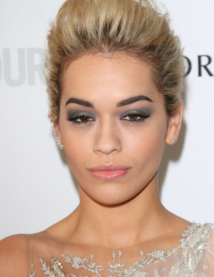 Rita Ora's Blonde Hair And Dark Eyebrows