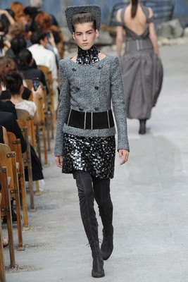 Chanel Couture Fall 2013 Look 33
