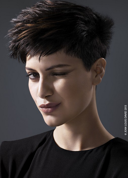 Cute Medium Pixie Haircuts for Women Messy Medium Pixie Haircut