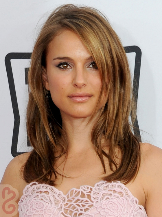 Pictures  Dark Brown Hair With Caramel Highlights  Natalie Portman With Car