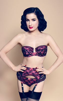 Dita Von Teese Von Follies 2013 Lingerie Look 8