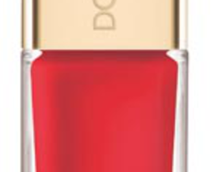 Take a peek at the ultra classy Dolce & Gabbana summer 2013 nail polishes from the Love in Taormina collection.