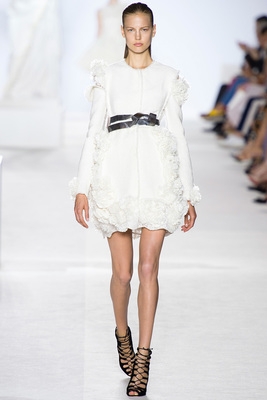 Giambattista Valli Couture Look 1 Fall 2013