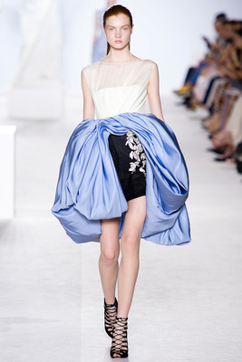 Giambattista Valli Couture Look 9 Fall 2013