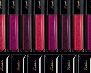 'Violette de Madame' is the name of an amazingly elegant makeup collection signed by Guerlain for fall 2013. Have a look!